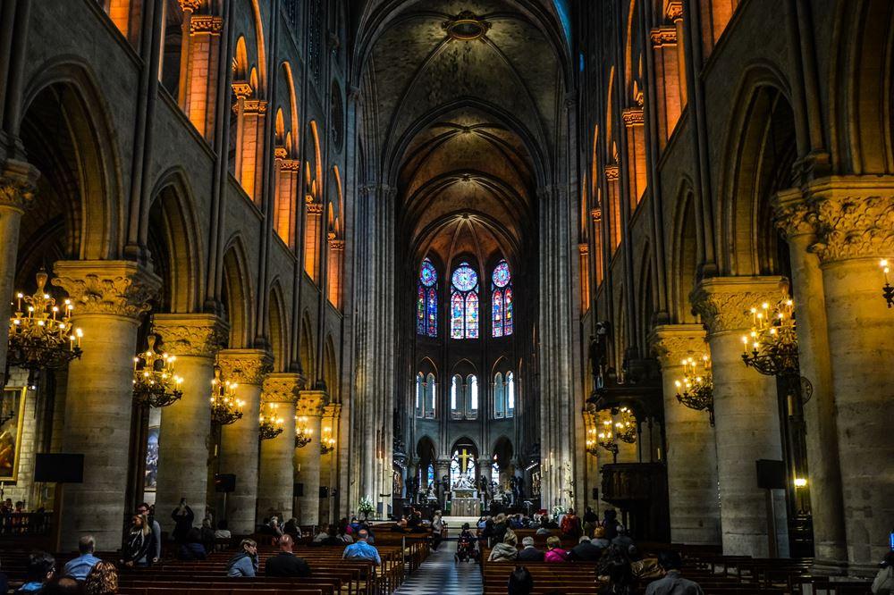 https://www.welcome2paris-guide.fr/file/si686452/church-3171649_1920-fi10695665x1000.jpg